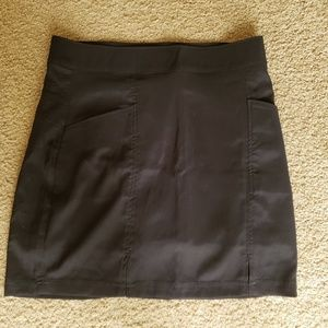Golf skirt black.